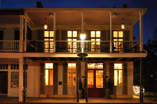 Maison De Tours Wedding venue near Lafayette, Louisiana